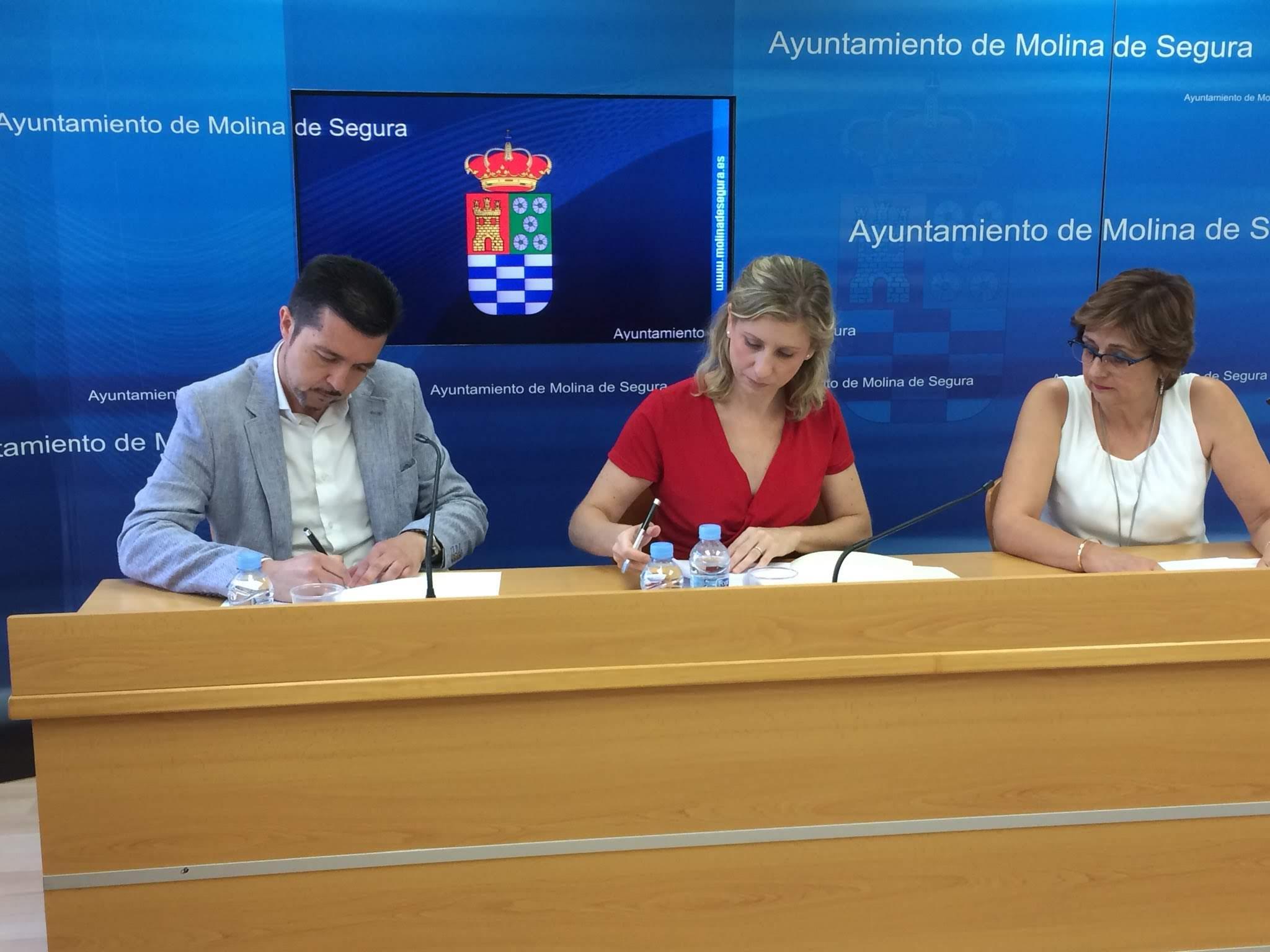 Firma Convenio colaboración con Ayuntamiento 2018